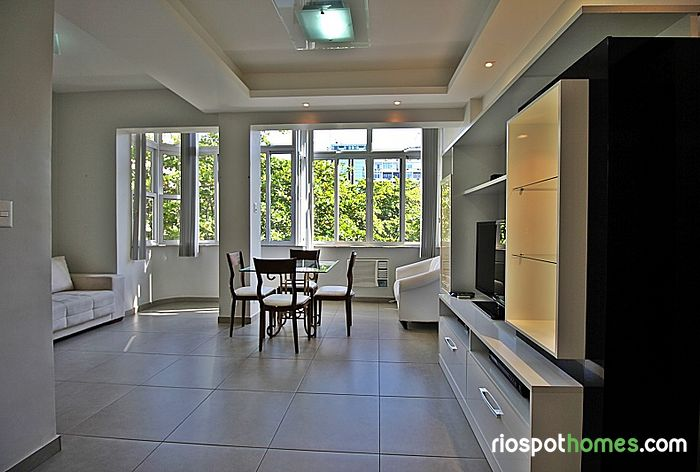 Confy and reformed apartment near Copacabana beach to up to